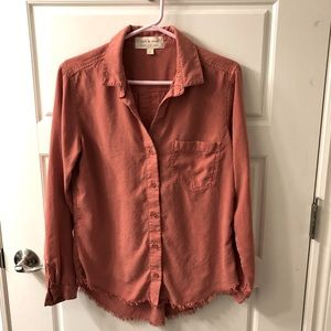 Anthropology Cloth and Stone button up shirt with one breast pocket raw edge hem